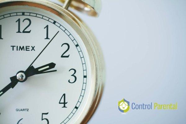 ¿Cuánto tiempo pasan enganchados a sus dispositivos?