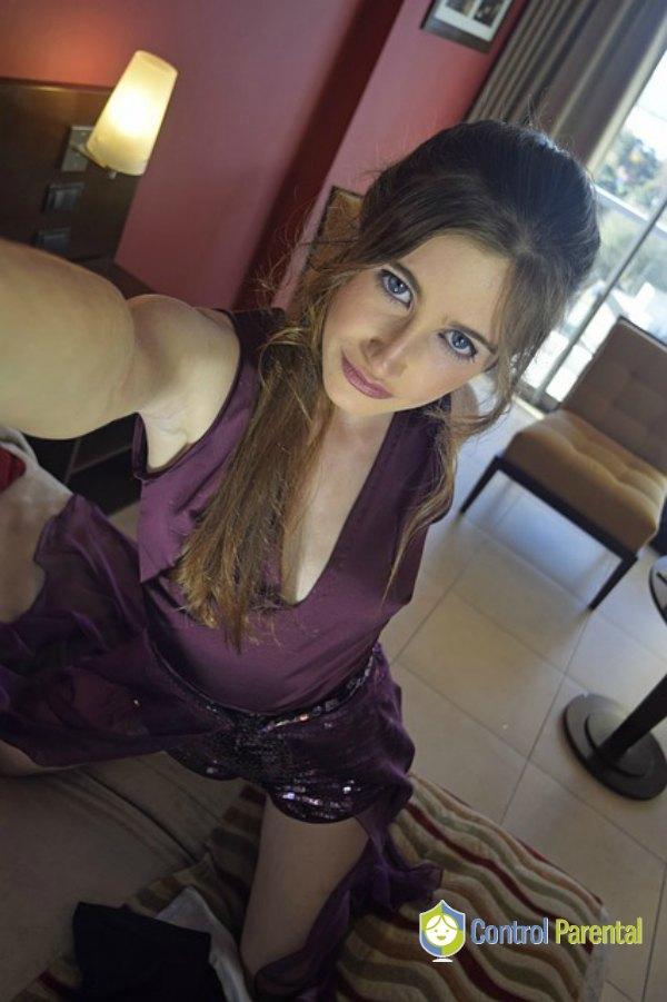 Sexting selfie