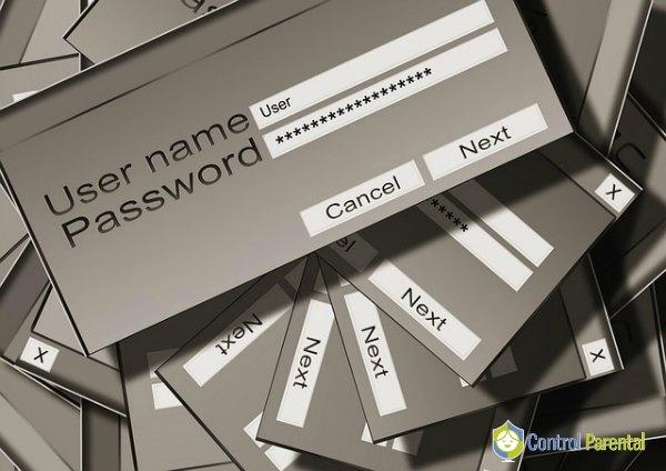 En estas edades los niños deberían facilitarnos la clave que utilizan en las redes sociales para que podamos hacerles seguimiento de vez en cuando y así garantizar su seguridad.