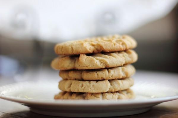 Las cookiesvan guardando la información y el histórico de los movimientos que realizamos en un sitio web.