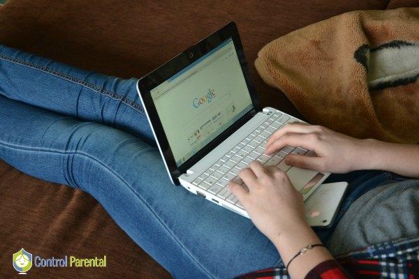 Internet y sus peligros: vigilemos a nuestros hijos
