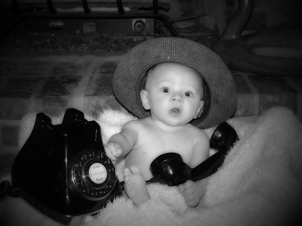 ¿A qué edad le debo dar un móvil a mi hijo?