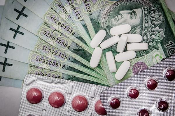 Viagra o medicamentos para adelgazar , premios de lotería...  Son ganchos de internet muy típicos de spam y fishing