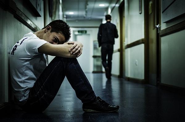 El decálogo de obligaciones de la nueva ley de protección al menor incluye la prohición expresa del bullying y el ciberbullying