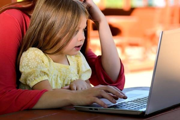 El uso de internet ya se considera universal