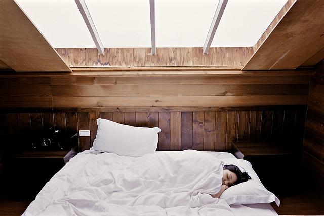 Si no puedes dormir, revisa tus hábitos antes de acostarte