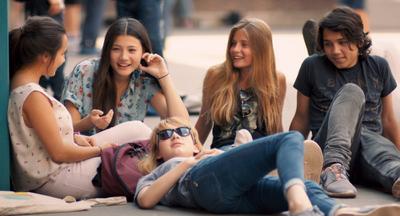 Los adolescentes buscan la aprobación social de sus compañeros